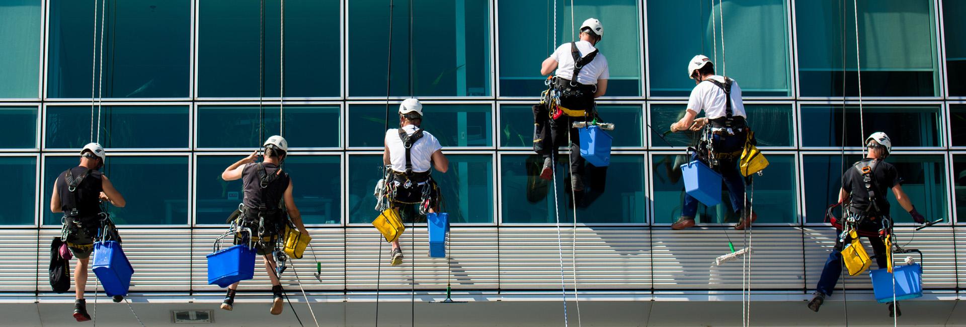 aktiv Gebäudereinigung - Glas- und Fassadenreinigung